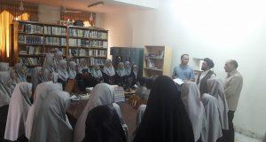 باز دید شاگردان ممتاز اناث لیسه خصوصی رضوان از کتابخانه فردوسی